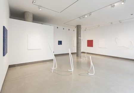 Installation view of Tomie Ohtake, Imperfect Geometry (29 Sept - 12 Nov 2016)