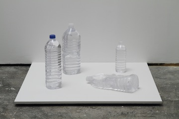 Ryohei Usui Four Bottles on the Street (PET - Portrait of Encountered Things), 2013 Glass Photo: Kei Miyajima © Ryohei Usui Courtesy of the artist and MUJIN-TO Production, Tokyo