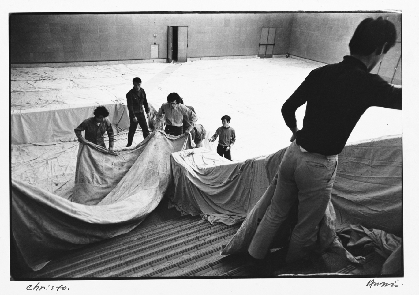 Shigeo Anzaï Christo, The 10th Tokyo Biennale '70 - Between Man and Matter, Tokyo Metropolitan Art Museum. May 1970 Baryta-coated silver print Courtesy the artist, Zeit-Foto, Tokyo and White Rainbow, London